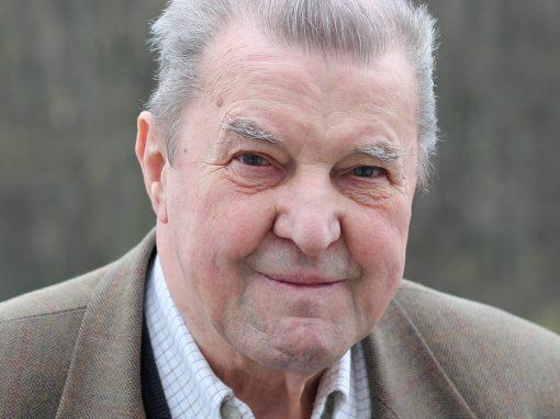 Peter Paschek SJ